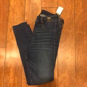 NWT High Waist Abercrombie Jeans